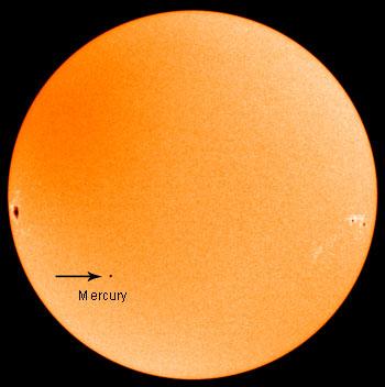 Transit de Mercure du 8/11/2006 (Source Wikipédia)
